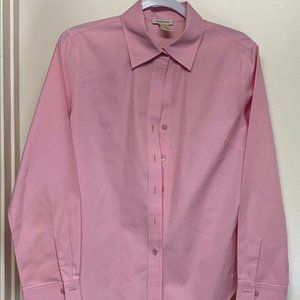 Harolds Upscale Womens Fitted Button down Shirt